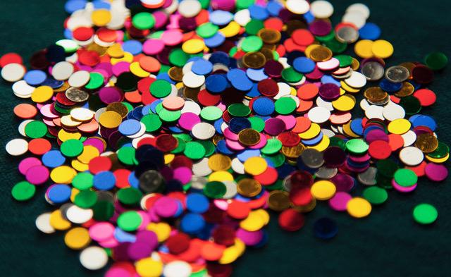 confettis-metal-colore