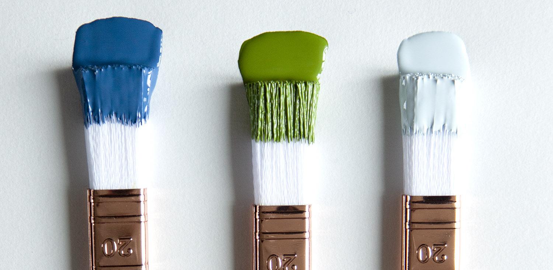 peinture-vert-bleu-denim-bleu-clair-pinceau-déco-interieur