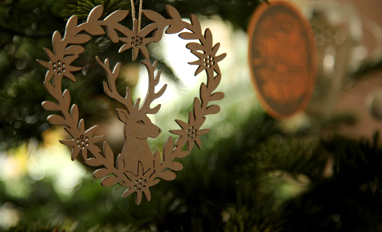 decoration de noel en bois tete de cerf
