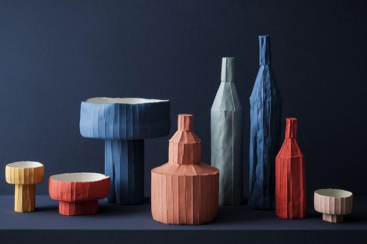 Ces oeuvres de Paola Paronetto en argile et cellulose sont aussi délicates que du papier